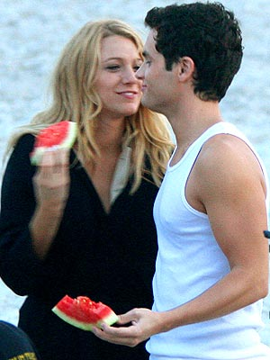 blake lively y penn badgley. Blake Lively, Penn Badgley