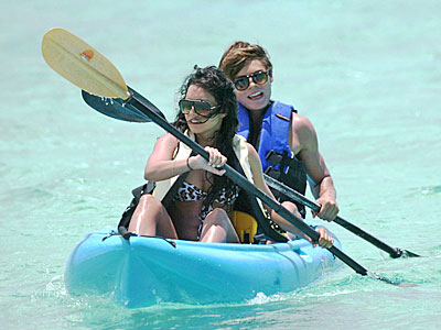 PICK UP A PADDLE photo | Vanessa Anne Hudgens, Zac Efron