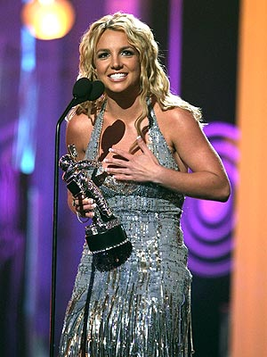 VMA GOLDEN GIRL photo | Britney Spears