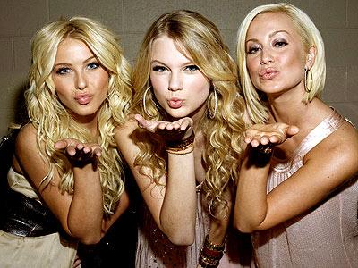 taylor swift1 400 - Taylor Swift