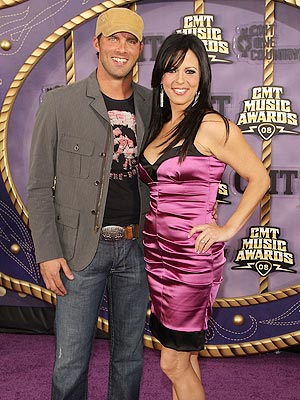SARA EVANS AND JAY BARKER photo | Sara Evans