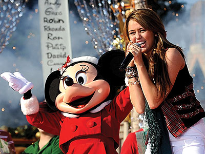 GONE A-CAROLING photo | Miley Cyrus