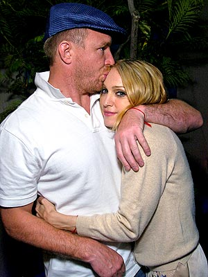 WARM & COZY photo | Guy Ritchie, Madonna