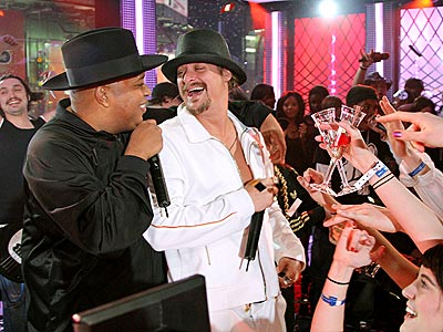 TOAST OF THE TOWN  photo | Kid Rock, Rev Run