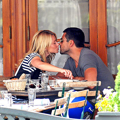 KELLY & MARK photo | Kelly Ripa, Mark Consuelos