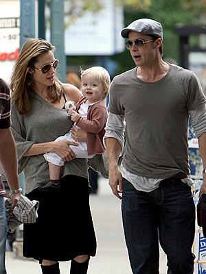 NEW YORK photo | Angelina Jolie, Brad Pitt, Shiloh Jolie-Pitt