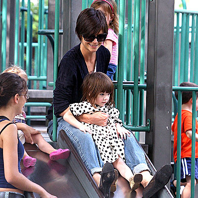 WHEE! photo | Katie Holmes, Suri Cruise