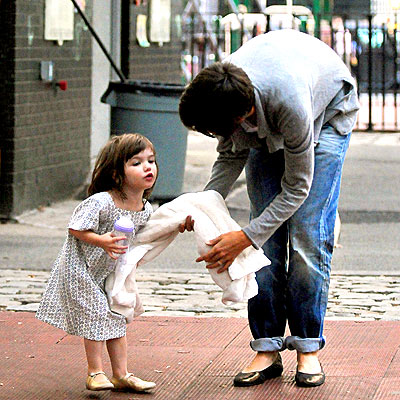 MINE! MINE! photo | Katie Holmes, Suri Cruise