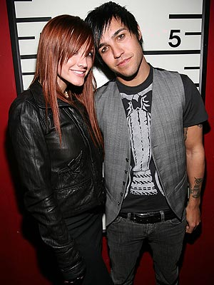 ASHLEE SIMPSON photo | Ashlee Simpson, Pete Wentz