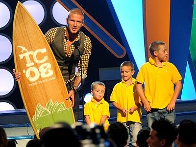 FATHER KNOWS BEST  photo  David Beckham