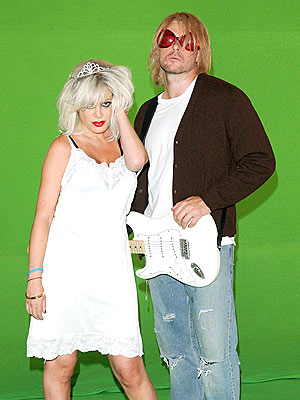Courtney Love & Kurt Cobain  photo | Dean McDermott, Tori Spelling