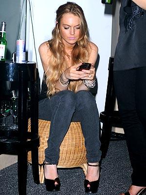 ON PDA ALERT photo | Lindsay Lohan
