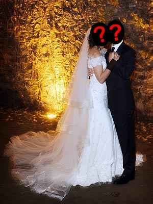 This couple's wedding took place in an Italian castle. Who are they? | Katie Holmes, Tom Cruise