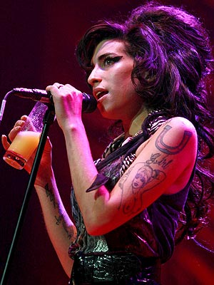 NO ENCORE photo | Amy Winehouse
