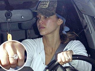 Jessica Alba Wedding Ring Leaving Gym