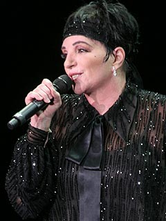Liza Minnelli Going Back on Tour | Liza Minnelli
