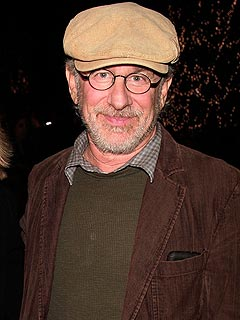 Steven Spielberg Donates $100,000 to Support Gay Marriage