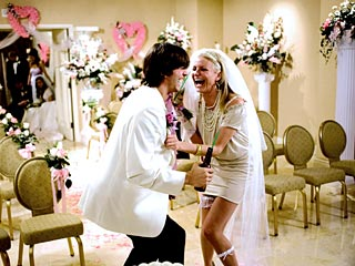 Ashton Kutcher and Cameron Diaz Merrily Marry