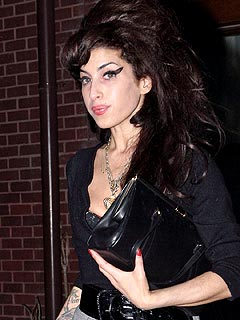 Amy Winehouse Visits U.S. Embassy for Visa | Amy Winehouse