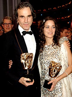 Daniel Day-Lewis Takes Home BAFTA Award | Daniel Day-Lewis, Marion Cotillard