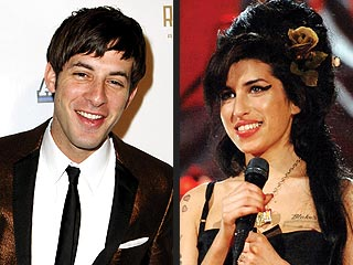 Mark Ronson Gets U.S. Citizenship for Election | Amy Winehouse, Mark Ronson