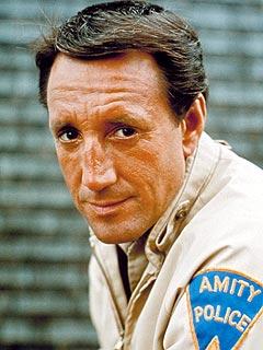 Jaws Star Roy Scheider Dies - Tributes, Roy Scheider ...