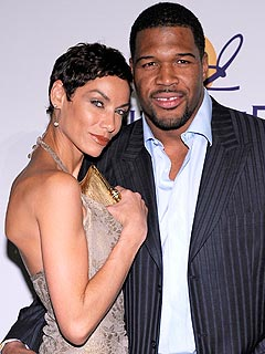 Eddie Murphy's Ex Says Giants' Michael Strahan Has What She 'Wants in a Man'