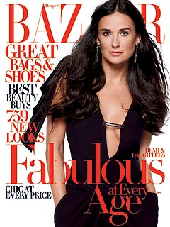 Demi Moore Poses with Daughters for Family Portrait| Couples, Ashton Kutcher, Demi Moore, Rumer Willis