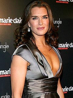 Brooke Shields to Undergo Foot Surgery