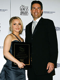 Hayden Tears Up Over Humane Society Award | Hayden Panettiere
