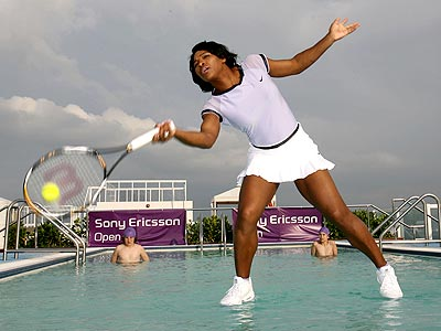 FIRST LOOK: Serena Williams Plays Tennis on Water | Rafael Nadal, Serena Williams