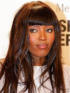 Naomi Campbell Works in Soup Kitchen