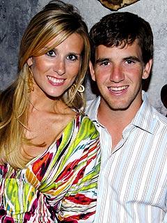 Eli Manning Wife