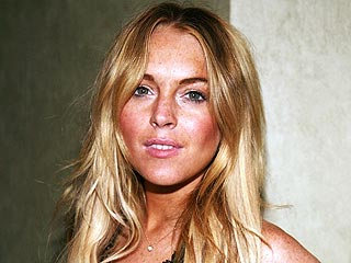 Lindsay Lohan Is Not in a Psych Ward