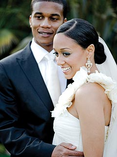 FIRST LOOK: Tia Mowry's Wedding Photo | Cory Hardrict, Tia Mowry