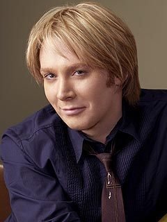 Fans Show Support for Clay Aiken