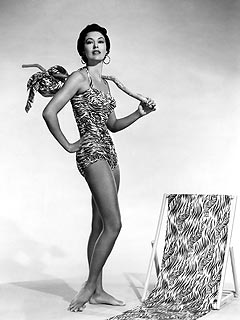 Elegant MGM Dance Star Cyd Charisse Dies at 86