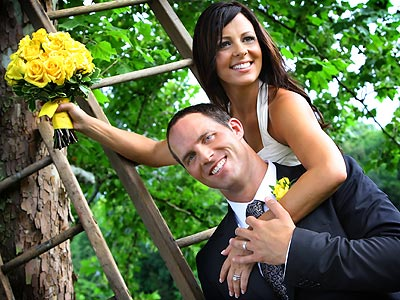 FIRST LOOK: Sara Evans Wedding Photo | Sara Evans