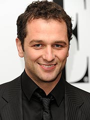 Matthew Rhys to Women: 'Bring It On'