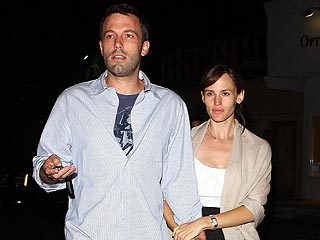 The Afflecks and Damons Go on Double Date| Couples, Ben Affleck, Jennifer Garner, Matt Damon