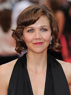 Maggie Gyllenhaal Likens It's Complicated to Her Parents' Divorce | Maggie Gyllenhaal