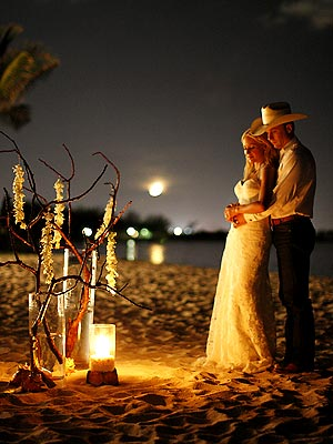 FIRST PHOTO: Jewel's Secret Wedding
