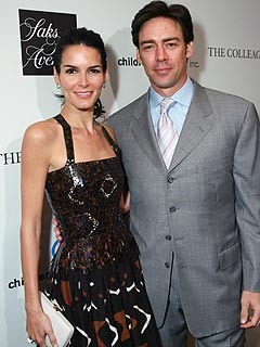 Angie Harmon: Daughters Have Jason Sehorn 'Whipped'