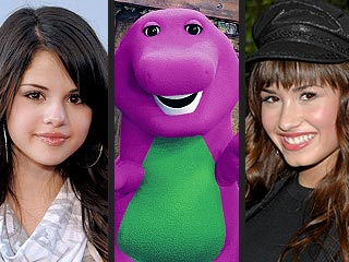 VIDEO FLASHBACK: Selena Gomez & Demi Lovato on Barney