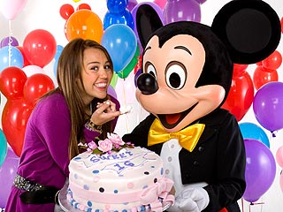 Miley Cyrus to Celebrate Turning 16 at Disneyland