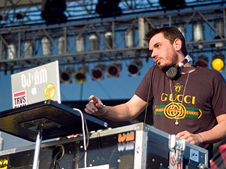 Photos of Travis and DJ AM in Concert Before Tragedy Struck| Adam Goldstein, Travis Barker