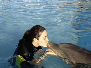 Emmy Rossum's First Kiss – with a Dolphin!