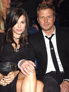 country star dierks bentley welcomes daughter babies dierks. Cars Review. Best American Auto & Cars Review