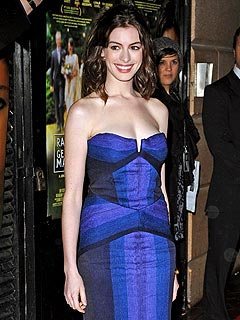 Anne Hathaway: Nice to Be 'Singled Out' at Globes