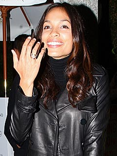 Rosario Dawson Denies Engagement Rumors